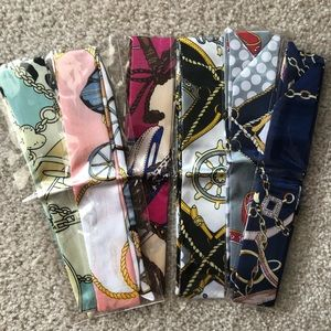 Accessories - Bundle of 6 ribbon scarves